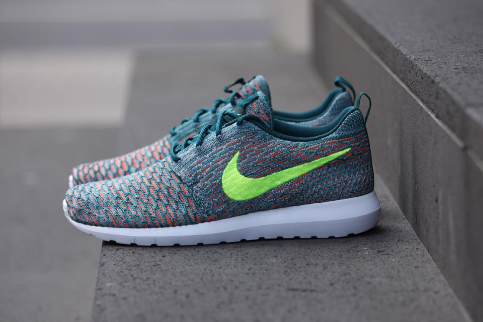 nike-roshe-flyknit-mineral-teal-01-960x640