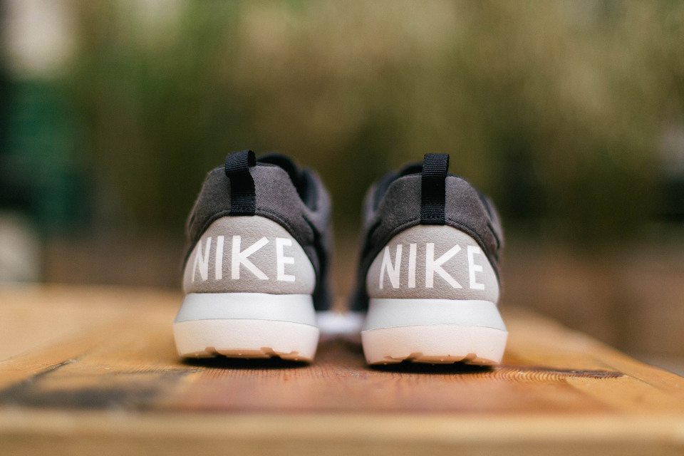 nike-roshe-run-nm-sp-04-960x640