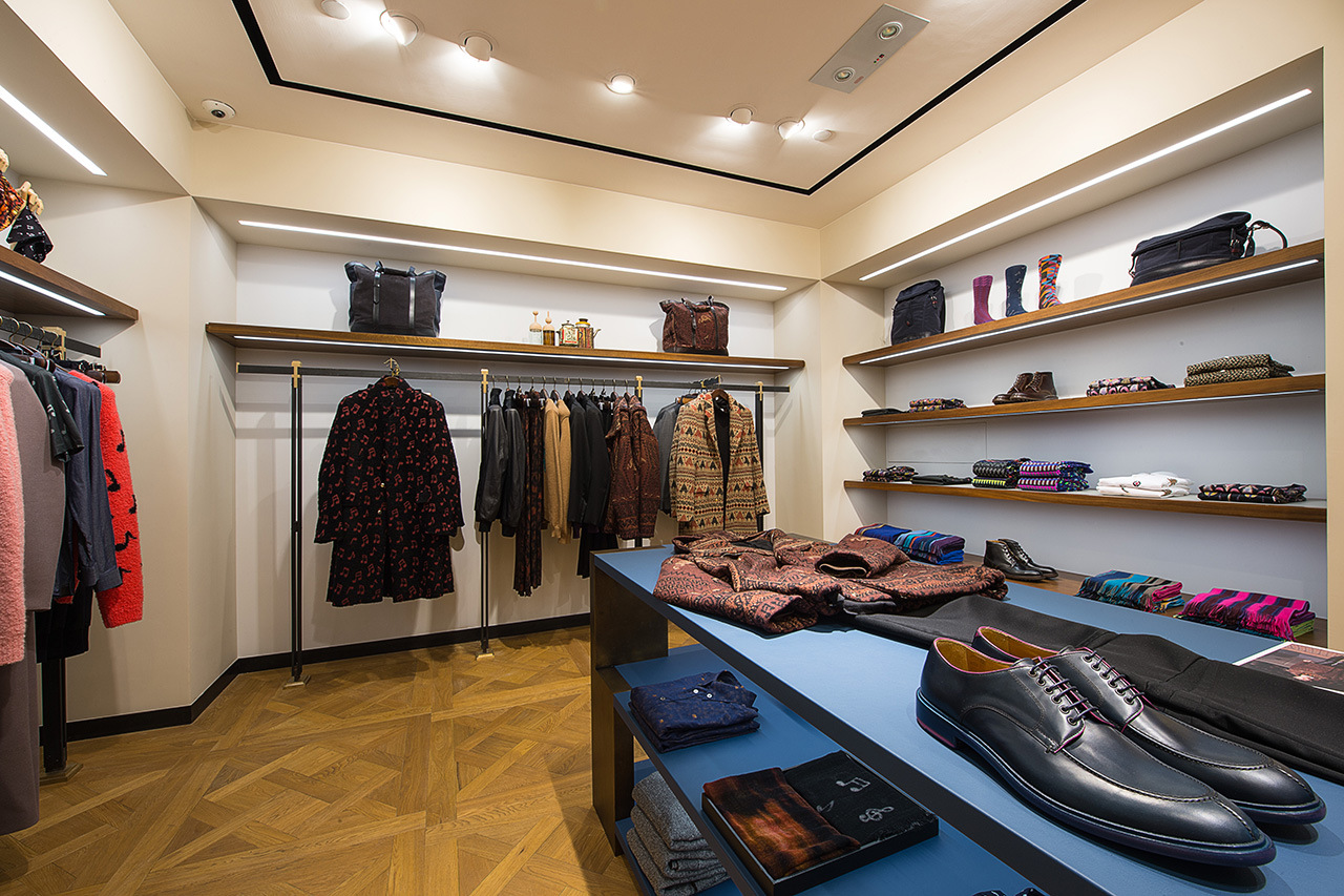 paul-smith-opens-first-mens-store-in-greater-china-region-5