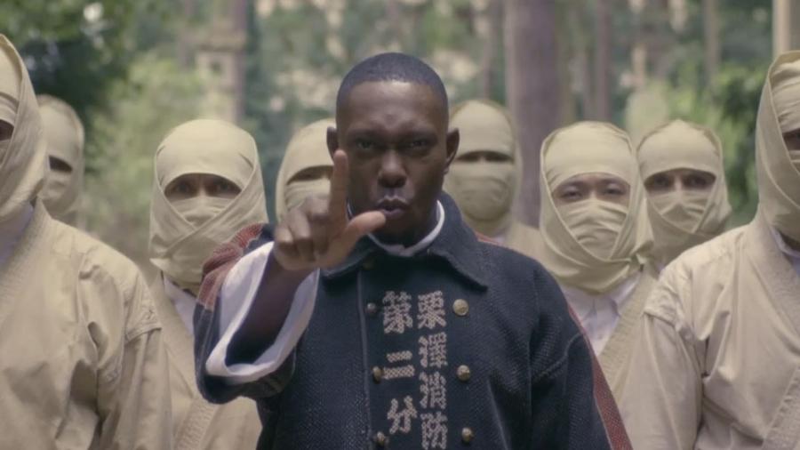 «Pagans», le clip Tarantino-esque de Dizzee Rascal
