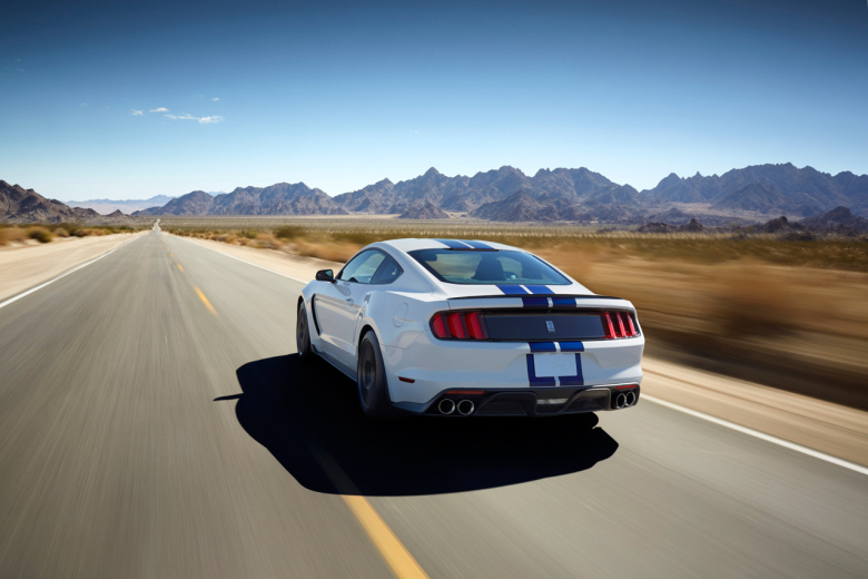 2015-ford-mustang-shelby-gt350-4