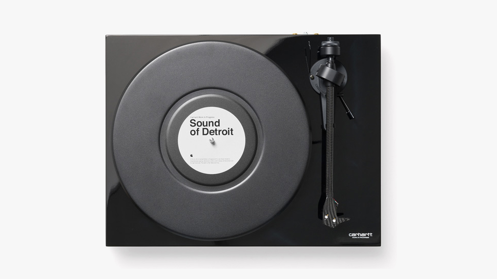 La platine Carhartt WIP x Pro-Ject «Debut Carbon»