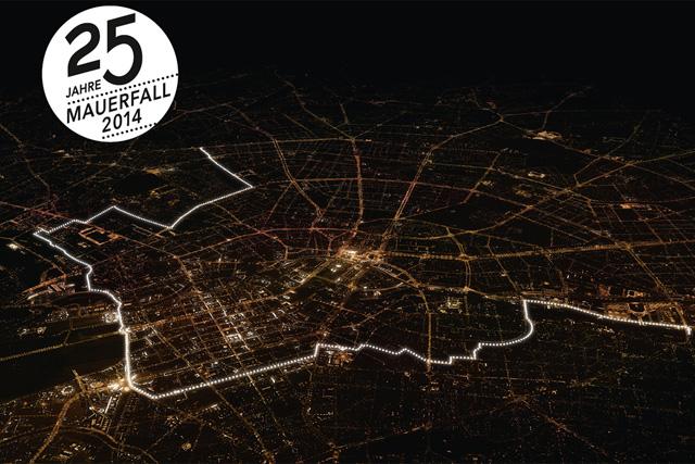 Lichtgrenze : des ballons lumineux à Berlin