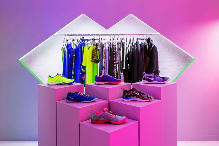 Nike-FAHO-14-presentation-by-Robert-Storey-Studio-New-York-US-02-