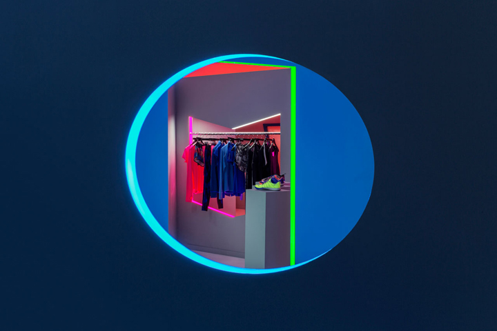 Nike-FAHO-14-presentation-by-Robert-Storey-Studio-New-York-US-05-