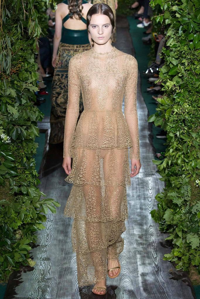 Valentino haute couture 3