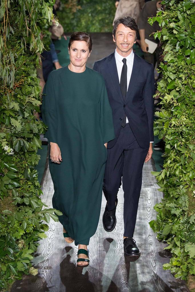 Valentino chamboule le calendrier des défilés Haute Couture parisiens