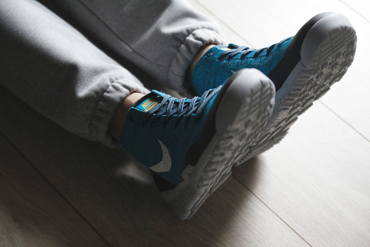 a-closer-look-at-the-nike-flyknit-trainer-chukka-fsb-squadron-blue-2