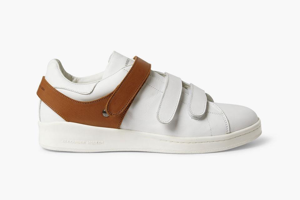 Les sneakers harnachées à scratch d'Alexander McQueen