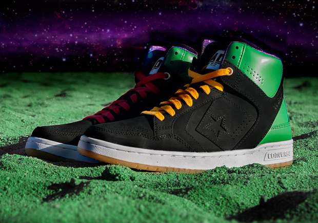 Converse Space Jam Invaders
