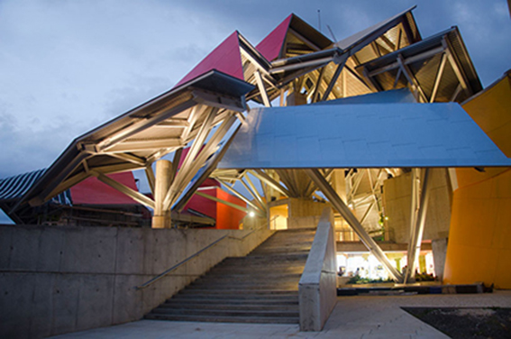 frank-gehry-biomuseum-in-panama4