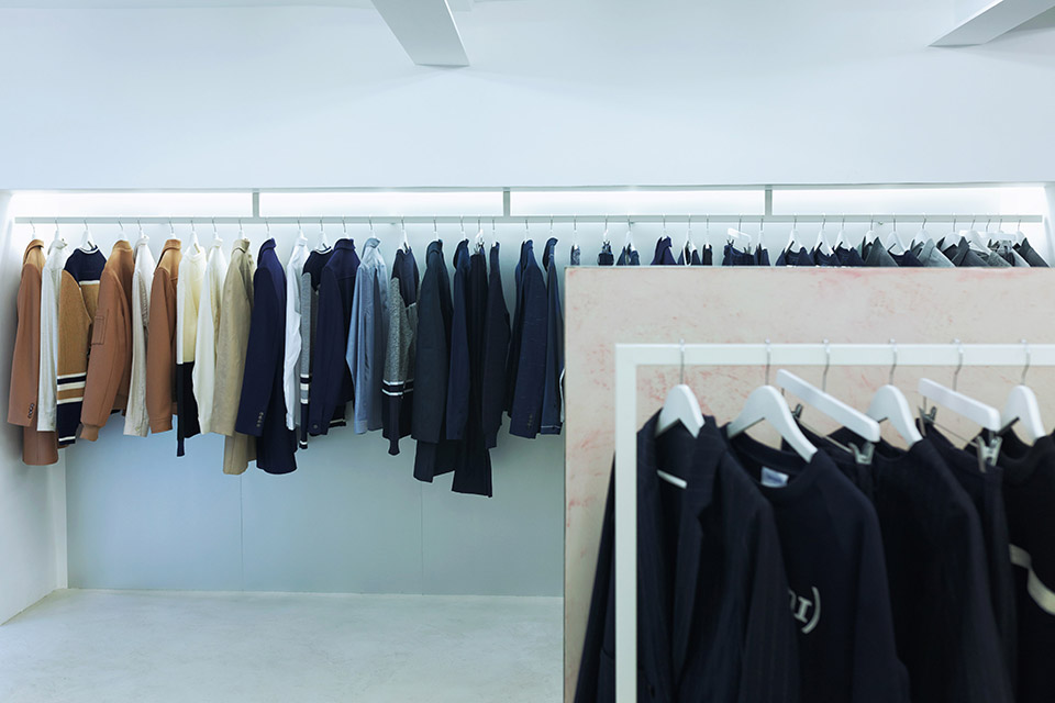 harmony-opens-first-store-paris-05