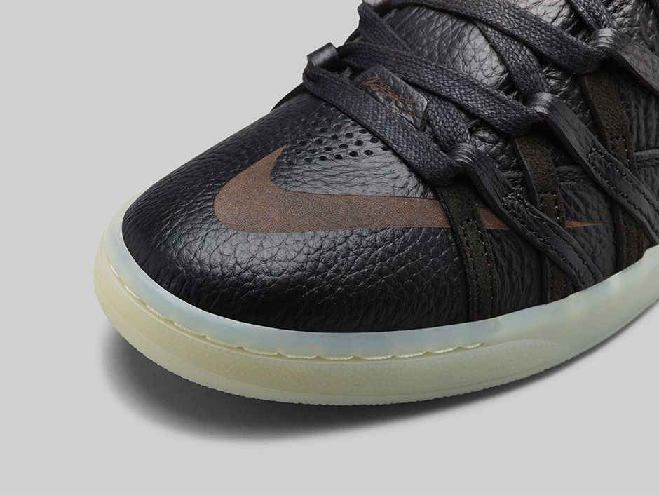 nike-kd-7-lifestyle-black-black-metallic-gold-3