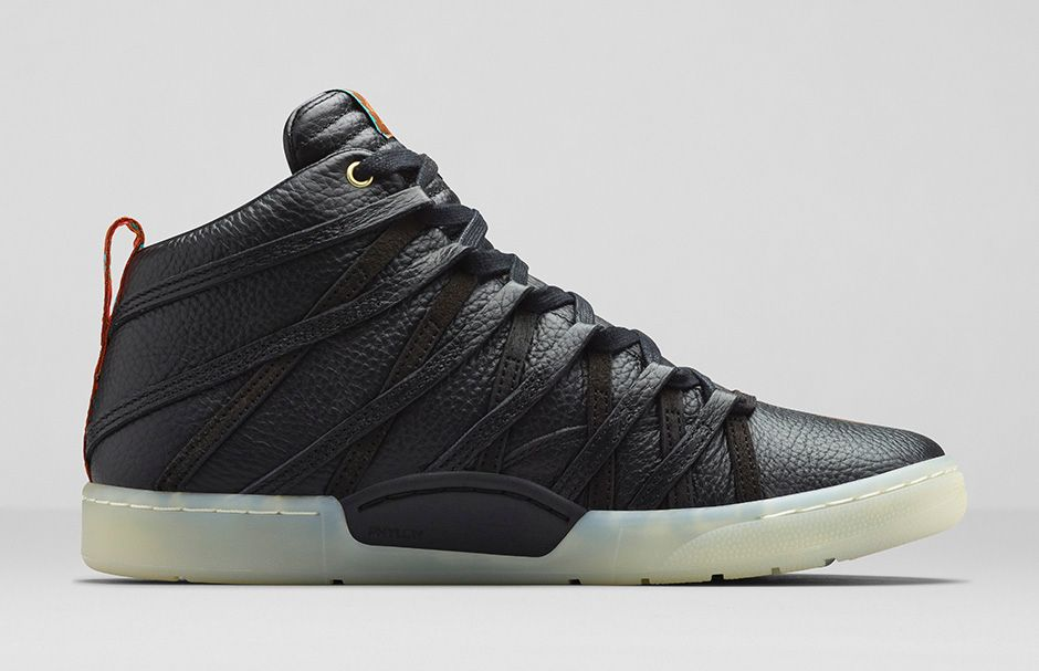 Nike KD VII Lifestyle « Black/Black-Metallic Gold »