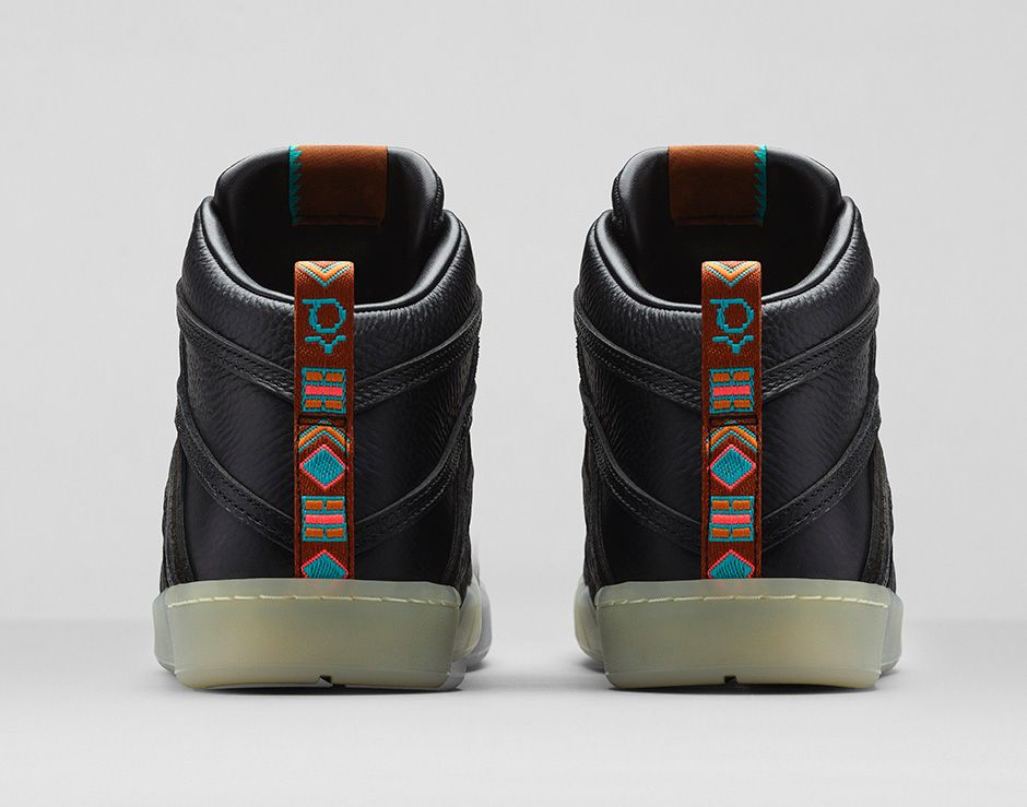 nike-kd-7-lifestyle-black-black-metallic-gold-5