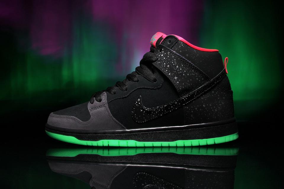 "Nike SB x Premier ""Northern Lights"" Dunk High"