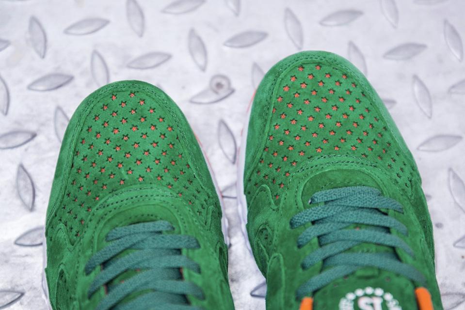 sneakersnstuff-reebok-inferno-15-stars-3-960x640