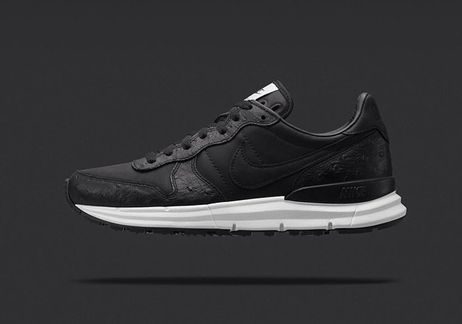 soph-nike-lunar-internationalist