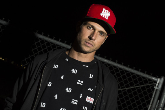 undefeated-holiday-2014-collection-lookbook-05-570x379
