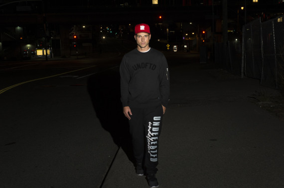 undefeated-holiday-2014-collection-lookbook-07-570x379