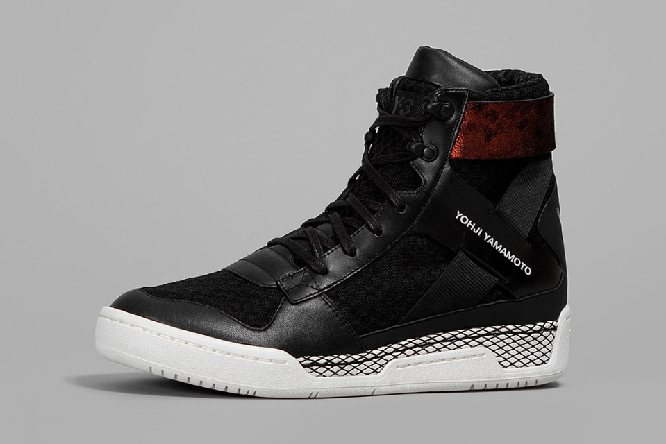 y-3-springsummer-2015-footwear-collection-05-960x640