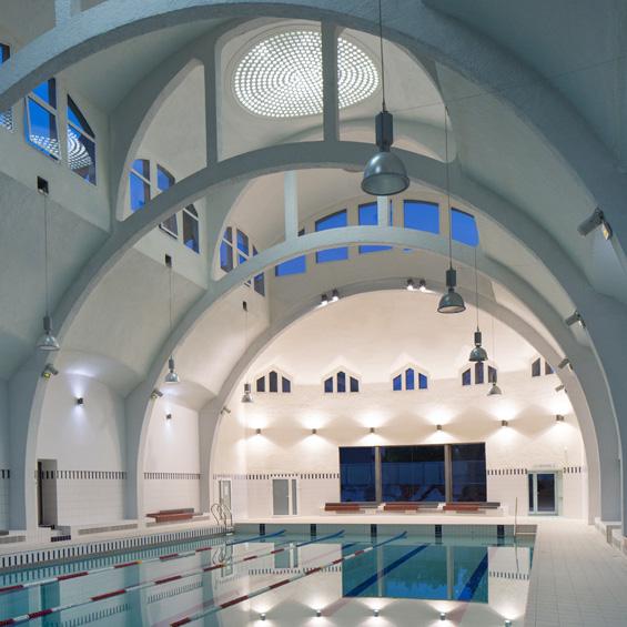 Paris, piscine de la Butte aux Cailles, bâtiment historique, réhabilitation