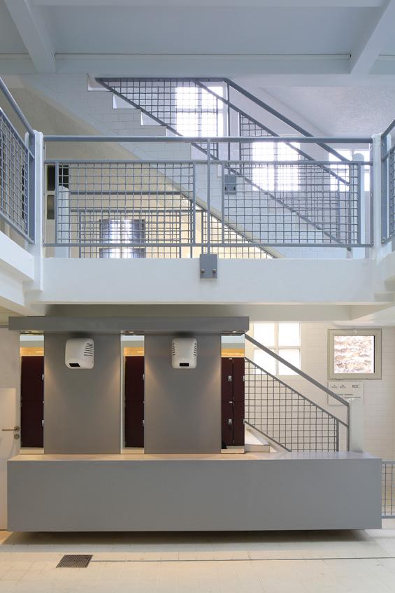 3710-architecture-design-muuuz-magazine-blog-TNA-Architectes-Piscine-Butte-Cailles-Paris-Louis-Bonnier-Paul-Kozlovski-05