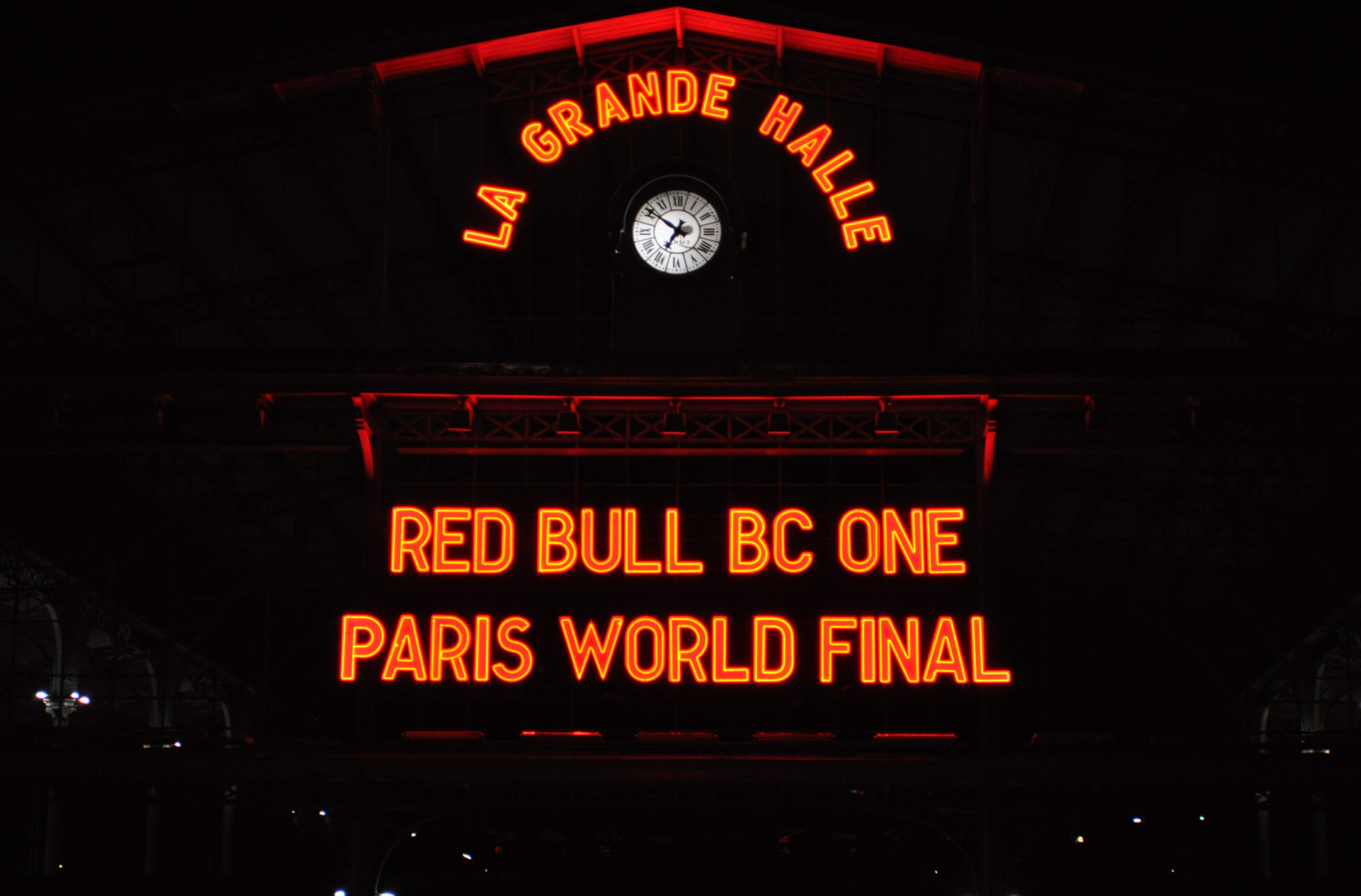 new arrival e79ad b0bcb RedBull-BC-One-World-Final-Paris (1) ...
