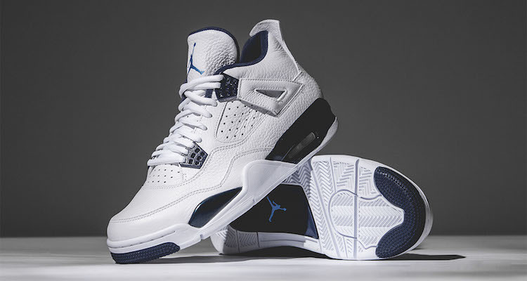 Air Jordan 4 « Legend Blue »