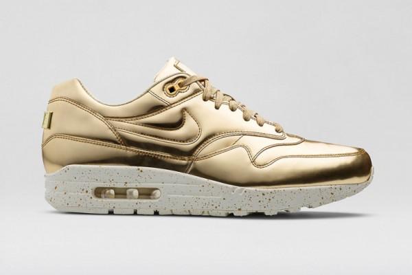 Nike Air Max 1 SP gold