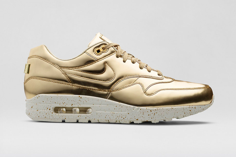 Nike Air Max 1 SP gold