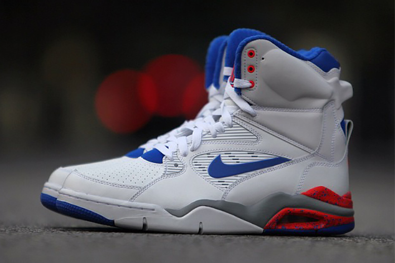 Nike Air Command Force ULTRAMARINE in Detail