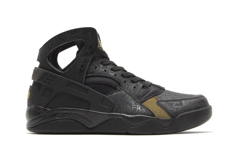 Nike Air Flight Huarache PRM QS « Trash Talking »