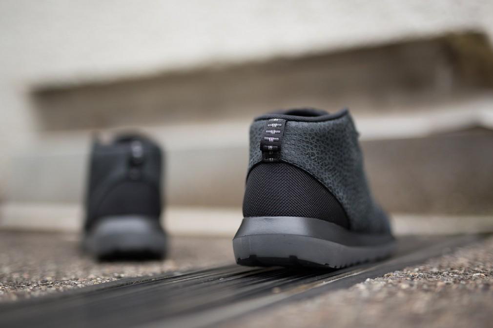 nike-roshe-run-nm-sneakerboot-black-safari-4
