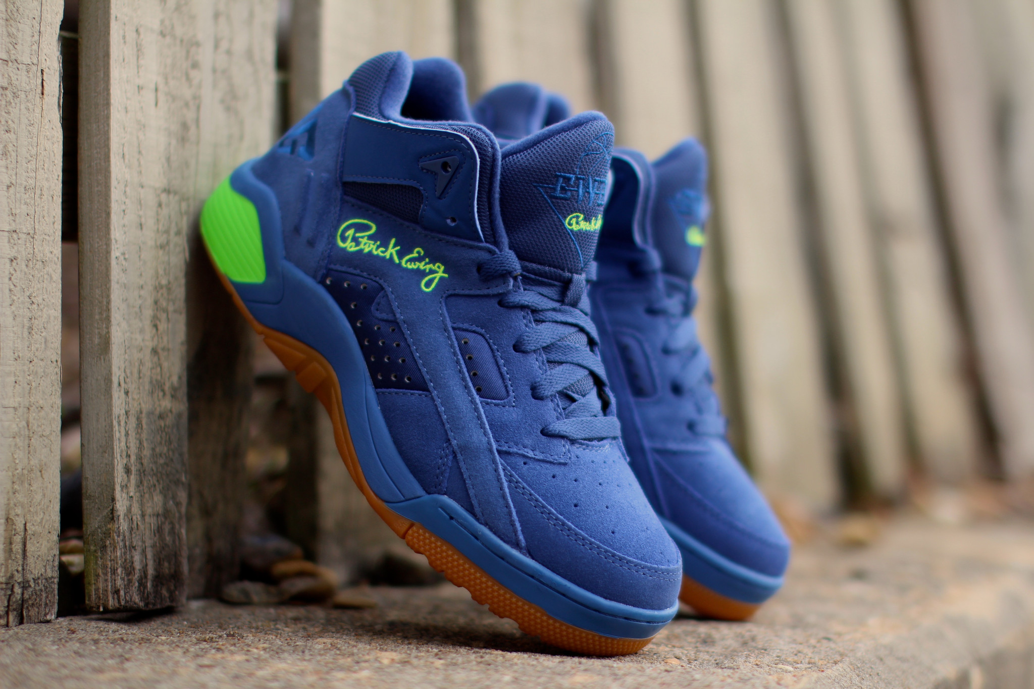 Ewing Wrap Mid « Dutch Blue » en exclusivité sur Trends Periodical