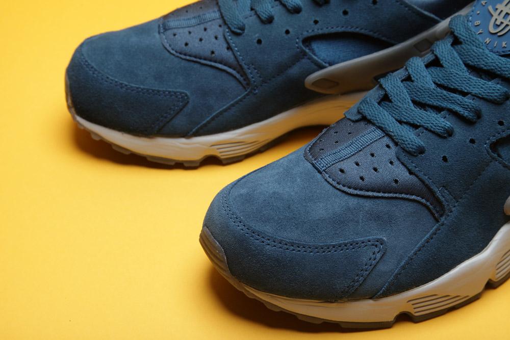 Nike-Air-Huarache-Blue-Force-2
