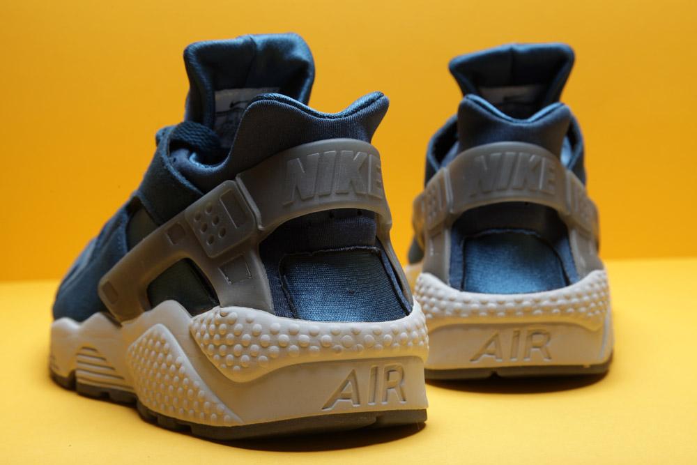 Nike-Air-Huarache-Blue-Force-3