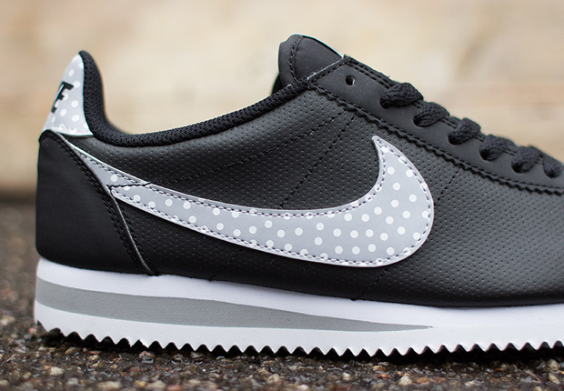 Nike-Womens-Cortez-Classic-Polka-Dot-Swoosh-1
