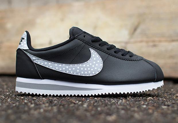 Nike-Womens-Cortez-Classic-Polka-Dot-Swoosh-2
