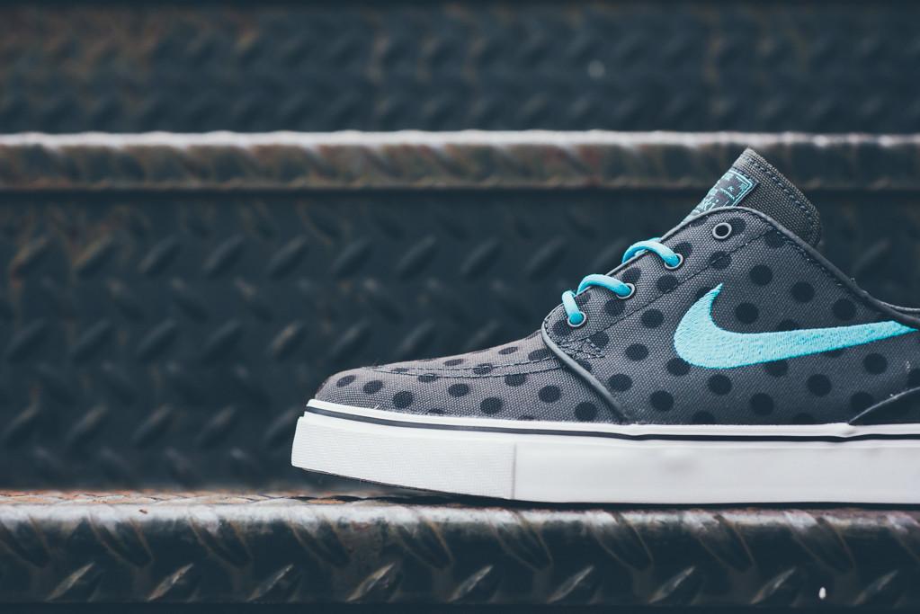 Nike_SB_Janowski_Polka_Dot_Sneaker_Politics_Hypebeast_3_1024x1024