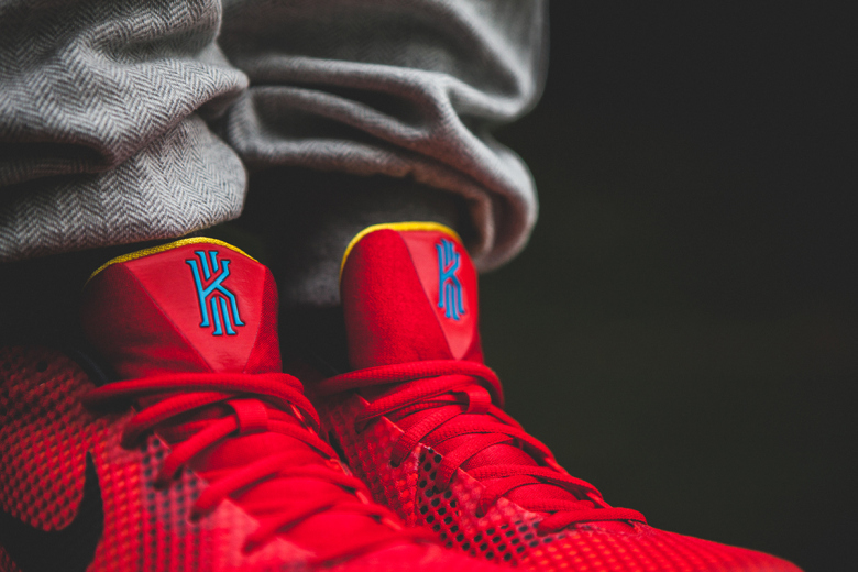 a-closer-look-at-the-nike-kyrie-1-deceptive-red-5