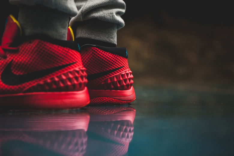 a-closer-look-at-the-nike-kyrie-1-deceptive-red-7
