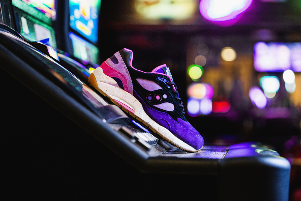 saucony-Feature-G9-Shadow-6-the-barney-01-