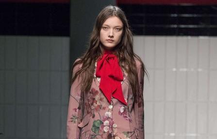 Gucci, défilé romantique tant attendu à Milan