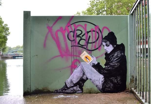 Levalet Street Art L'étranger