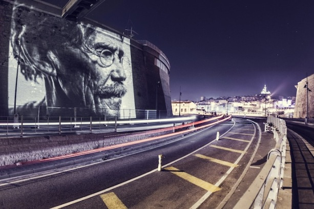 Painting with lights project_Philippe Echaroux_Street Art