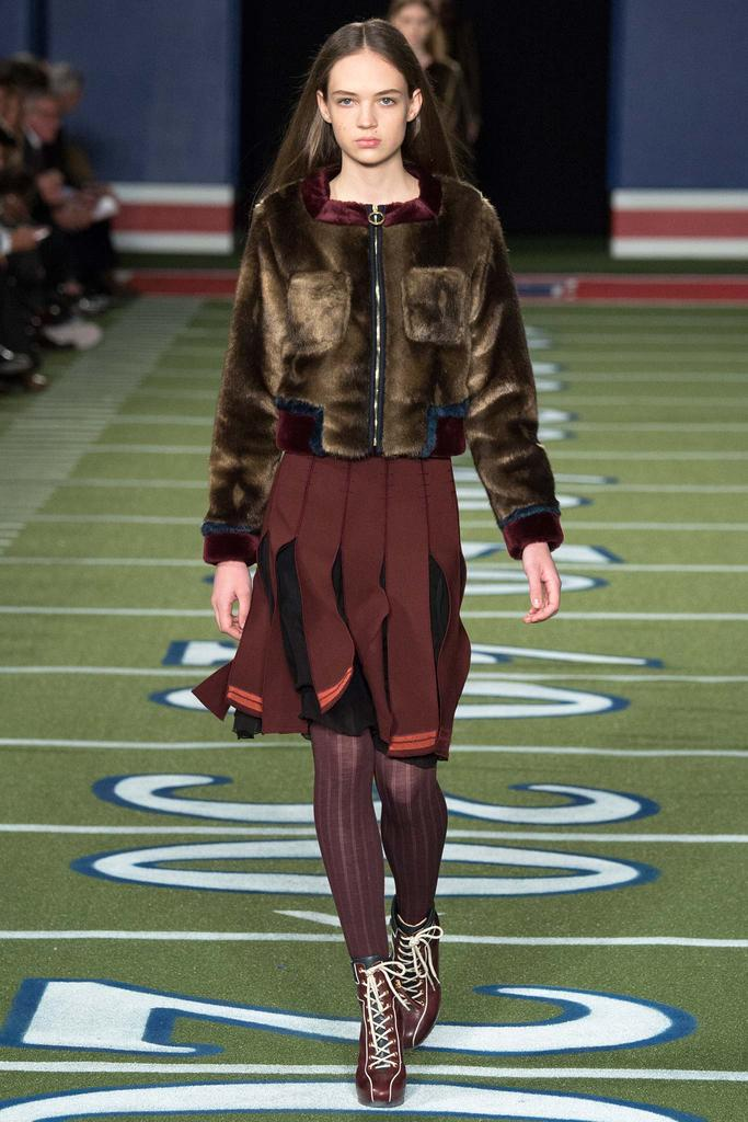 Tommy Hilfiger look 2