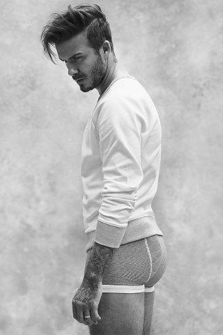 david-beckham-hm-bodywear-spring-2015-1-320x480