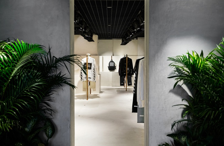 OFF WHITE ouvre un pop up store à Hong Kong