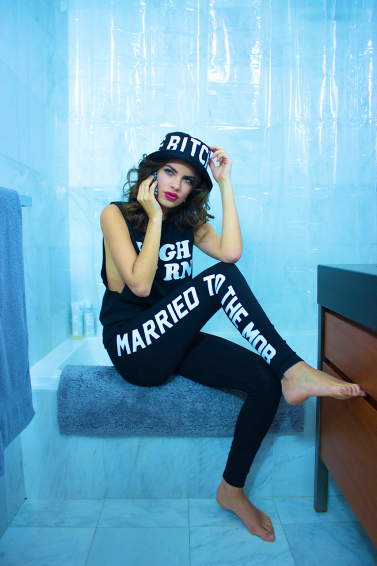 married-to-the-mob-2015-spring-lookbook-8